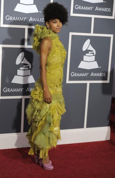 Esperanza Spalding en los Premios Grammy 2011