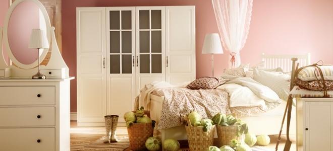 decoracion de una habitación con estilo romanticista