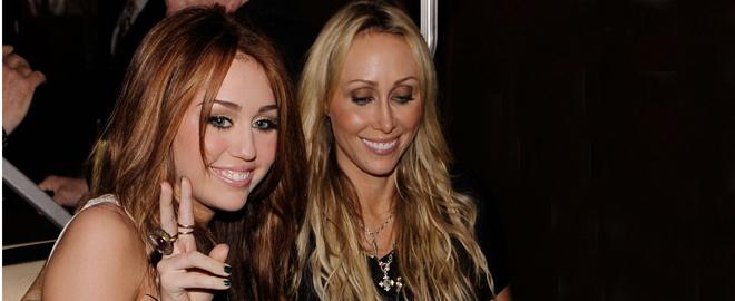 Milley Cyrus y su madre