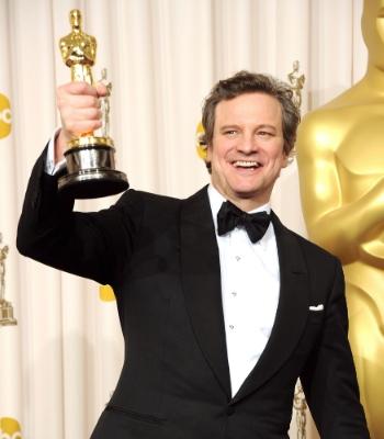 Colin Firth posa con su Oscar