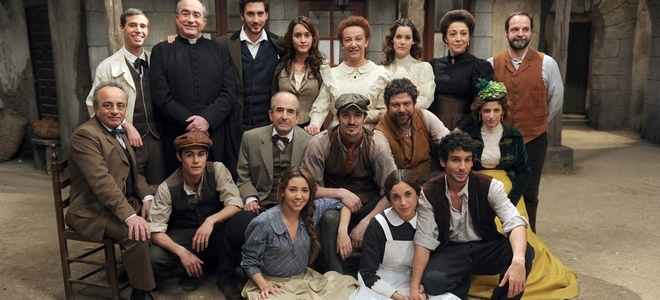 'El Secreto de Puente Viejo', salva las tardes de Antena 3