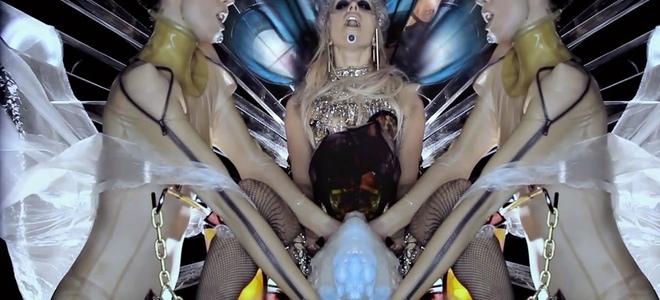 Lady Gaga, de abeja futurista en 'Born this way' a modelo de Thierry Mugler