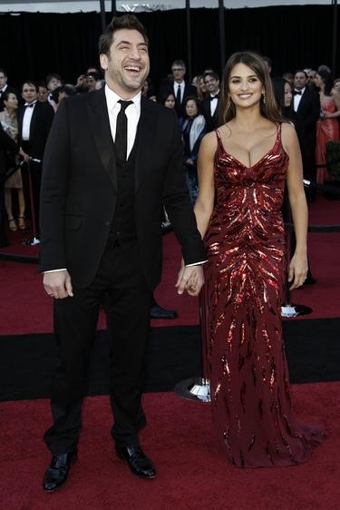 Penélope Cruz y Javier Bardem en la alfombra roja de los Oscar 2011