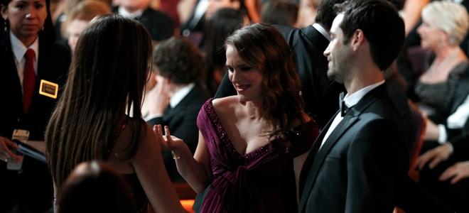 Natalie Portman, Benjamin Millepied, Penélope Cruz y Javier Bardem en la cena los Oscars 2011