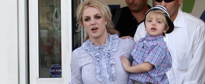 Britney con uno de sus hijos