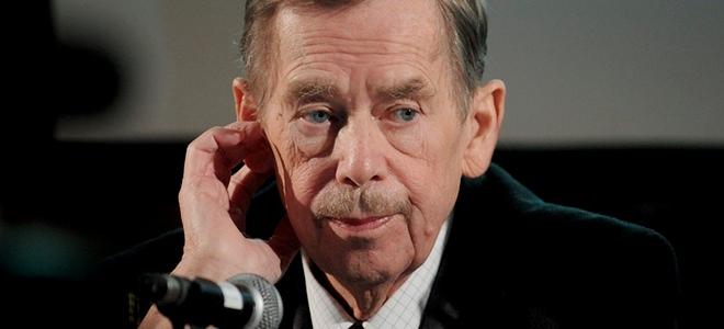 Vaclav Havel se estrena como director de cine con 'La salida', una autoparodia