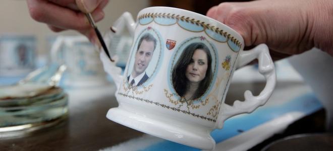 Los padres de Kate Middleton venden souvenirs de la boda de su hija con Guillermo