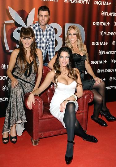 Fonsi Nieto y Lucía Hoyos, invitados de lujo en el estreno de 'Deseos verdaderos'