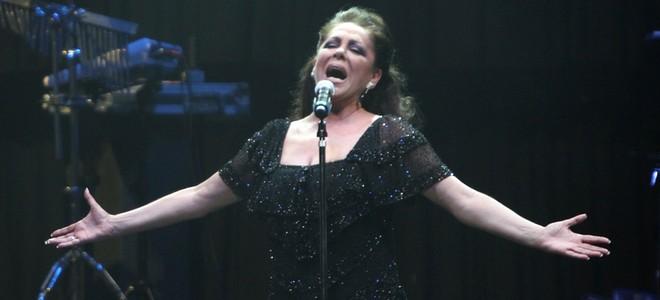 Isabel Pantoja cautiva en su concierto en Argentina