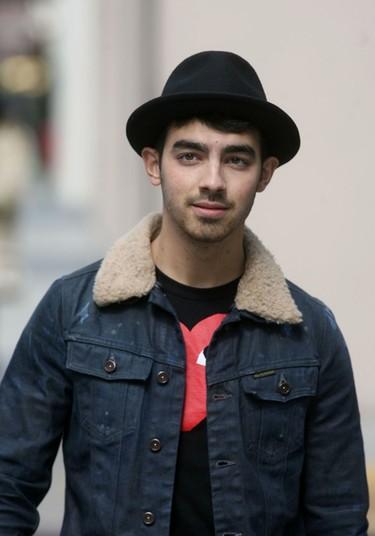 Joe Jonas se embarca en su carrera en solitario al margen de los Jonas Brothers