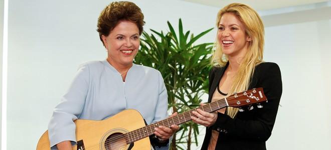 Shakira confiesa estar enamorada de Gerard Piqué, pero no quiere boda