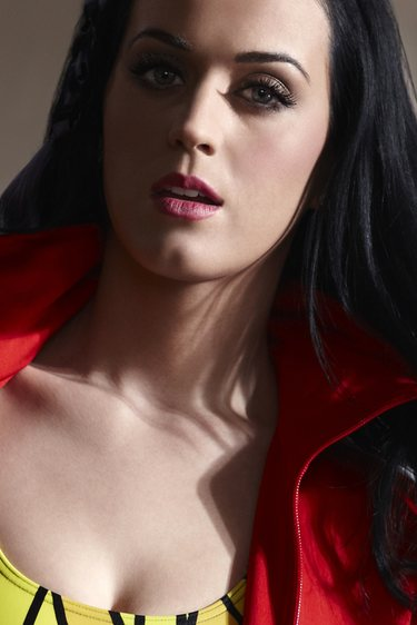 Katy Perry brilla en un anuncio deportivo junto a Leo Messi y David Beckham
