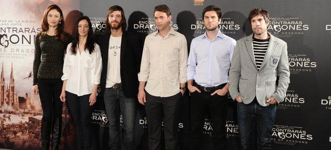 Unax Ugalde y Olga Kurylenko presentan en Madrid 'Encontrarás dragones'