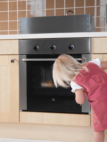 Protege a tu hijo contra los peligros y obstáculos del hogar