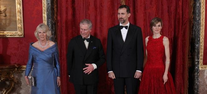 Camilla Parker y Letizia Ortiz, lucha de elegancia en la cena de gala del Palacio Real