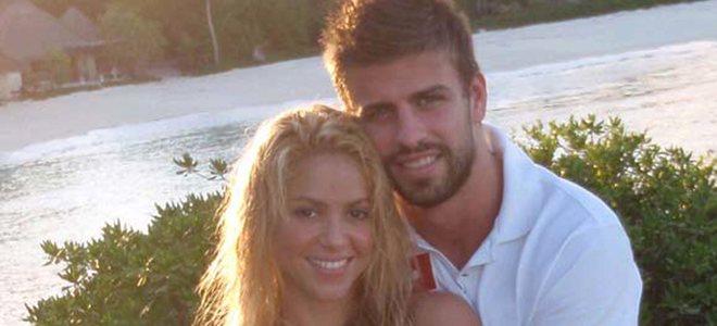 Shakira visita a su primer novio en Colombia para después realizar una donación en Haití