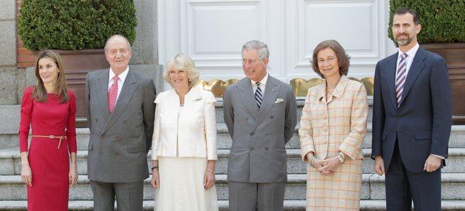 Carlos de Inglaterra y Camilla, ajetreado día junto a los Príncipes Felipe y Letizia