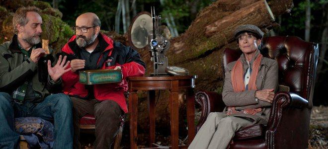 Javier Cámara y 'sus osos' se miden a la invasión alienígena en la cartelera