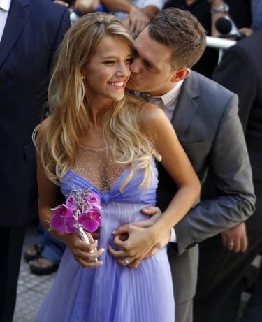 El cantante Michael Bublé y la actriz Luisana Lopilato celebran su boda civil