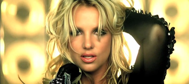 Britney Spears lanza una parte de su nuevo vídeo 'Til The World Ends' en Twitter