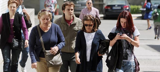 Su madre y su hermano apoyan a Silvia Abascal para recuperarse del ictus cerebral