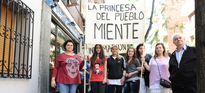 'La Princesa del Pueblo miente', lema de la manifestación contra Belén Esteban