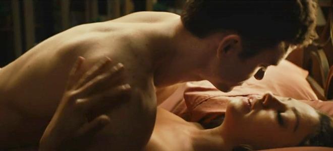 Mila Kunis y Justin Timberlake en una escena de sexo