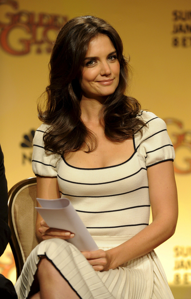 Katie Holmes resuelve su litigio con Star tras una demanda de 50 millones