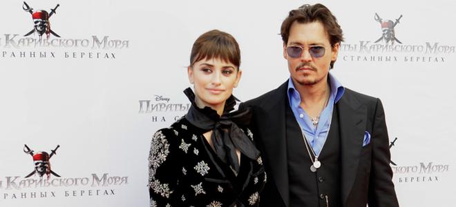 Penélope Cruz y Johnny Depp levantan pasiones en el estreno de 'Piratas del Caribe' en Moscú