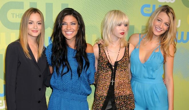Taylor Momsen y Jessica Szohr dejan 'Gossip Girl' por las malas relaciones