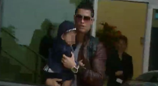La primera imagen de Cristiano Ronaldo junto a su hijo, acompañados por Irina Shayk