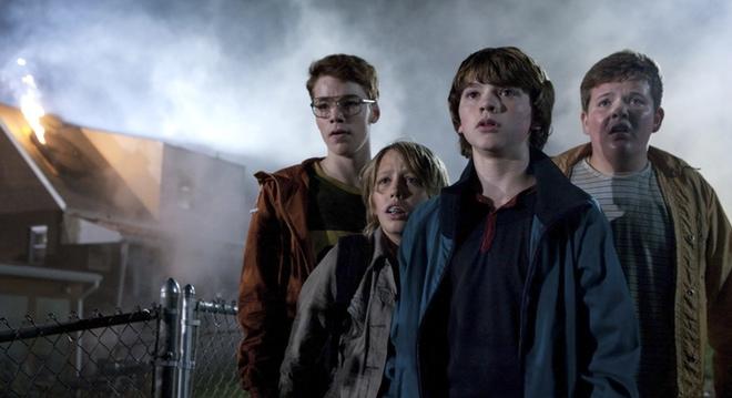 =Steven Spielberg y J.J. Abrams colaboran en la cinta de aventuras 'Súper 8'