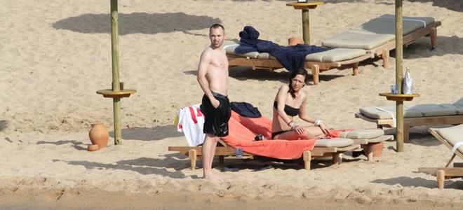 Las románticas vacaciones de Andrés Iniesta y su novia Anna Ortiz en Cerdeña