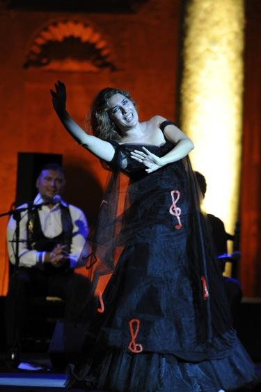 Estrella Morente enamora en su primer conciertos tras la muerte de su padre
