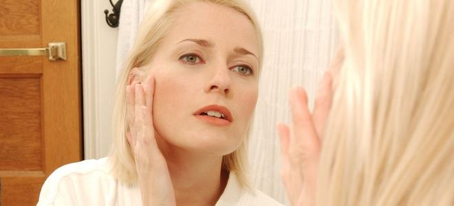 Para evitar la aparición de arrugas comienza por hidratar adecuadamente tu piel