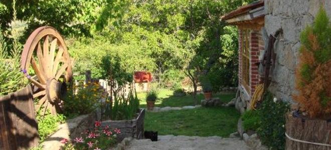 Casa rural Cerro de la Fuente, situada en el pueblo abulense Pradosegar