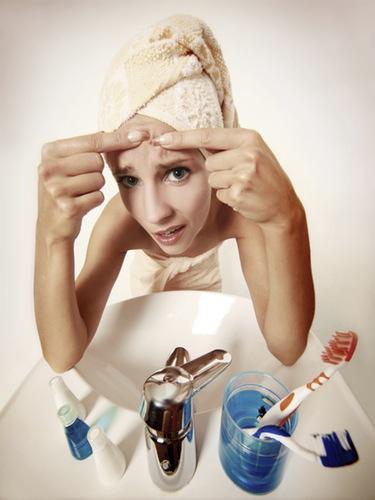 Combate el acné persistente o tardío y presume de piel sana y equilibrada
