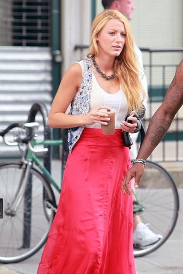 Blake Lively se une a Liz Hurley y Chace Crawford en el rodaje de 'Gossip Girl'