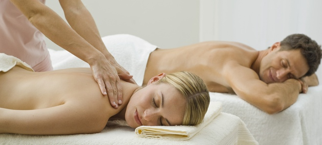 reunirse masaje sentado en la cara