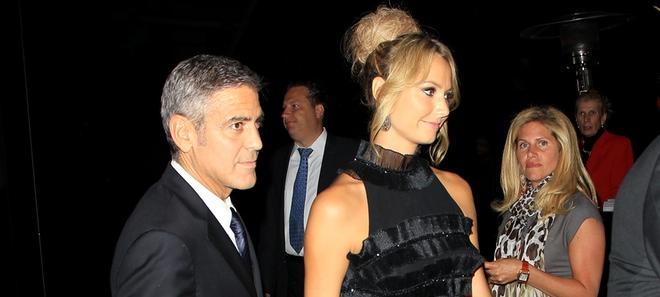 Stacy Keibler y George Clooney