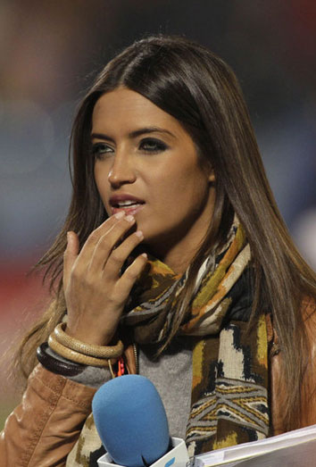 Sara Carbonero, lo único malo del España-Irlanda. Los espectadores critican a la periodista