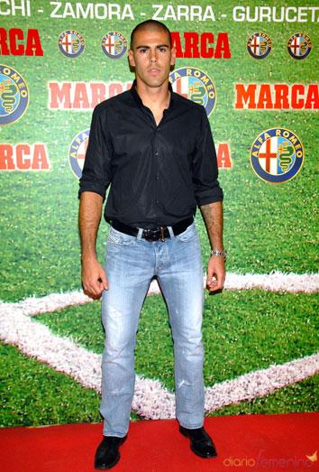 Víctor Valdés, imputado por fraude
