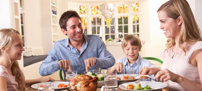 Comer en familia, más sano y equilibrado