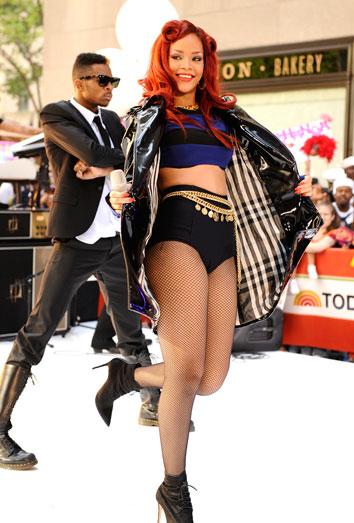 Rihanna, entre los famosos mejor vestidos