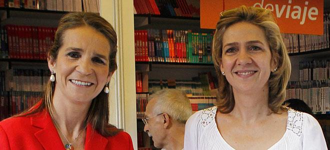 Las Infantas Cristina y Elena, apartadas de su familia hasta en el Museo de Cera