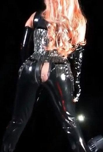 El descuido de Lady Gaga y otras famosas con el culo al aire