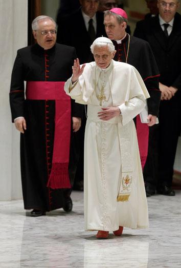 El Papa dimite. Twitter busca sucesor a Benedicto XVI