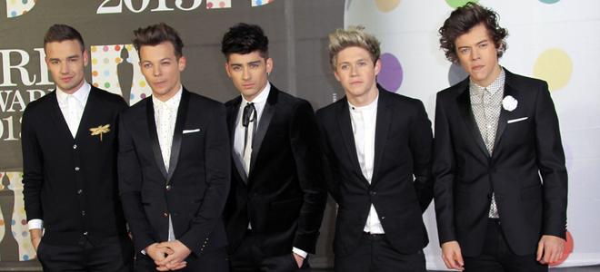 One Direction en la alfombra roja de los Brit 2013