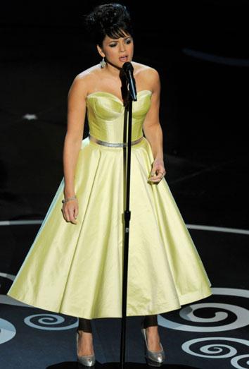 Norah Jones, la más criticada en Twitter por los Oscar 2013.