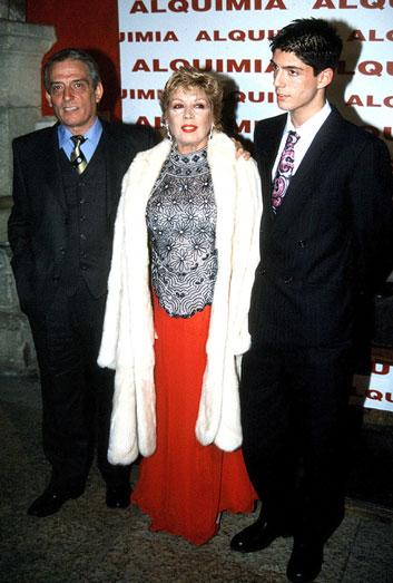 María Jiménez, Pepe Sancho y su hijo Alejandro.